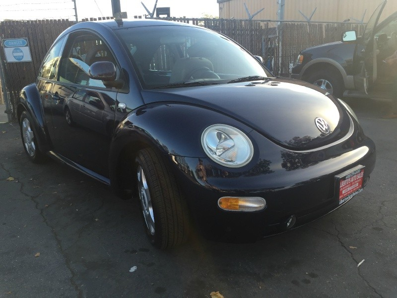 2000 Volkswagen New Beetle 2dr Cpe GLS Auto*WE CAN FINANCE YOU WITH 0% INTEREST