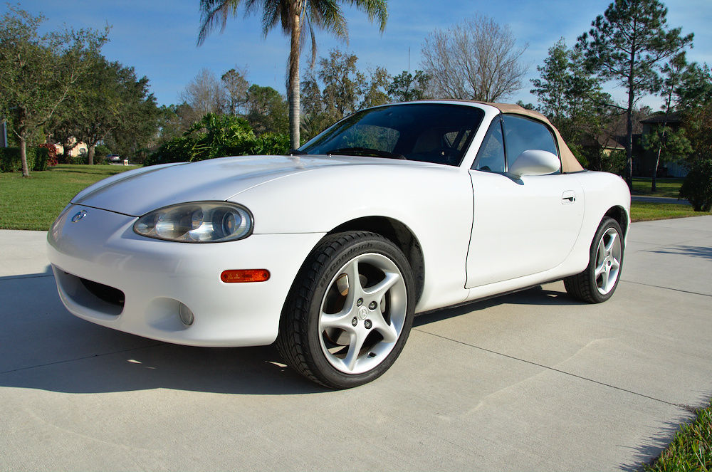 2001 Mazda MX-5 Miata LS 55.7K Miles Miata Convertible Roadster w/Roll Bar, Race Seat, Harness