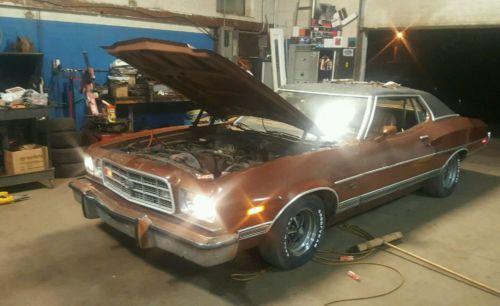 1973 Ford Torino  73 torino 4 speed