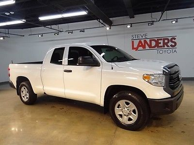 2015 Toyota Tundra  TOW PACKAGE SR CERTIFIED KEYLESS ENTRY V8 2WD VINYL SEATING FLOOR COVERING CALL