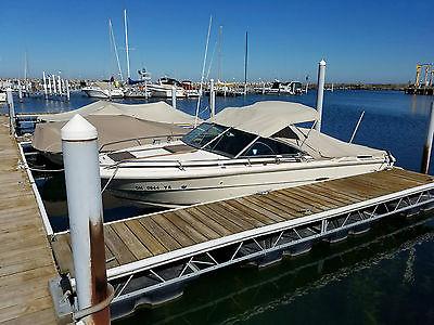1983 Sea Ray 20.5 SVR 228 Sport fishing boat