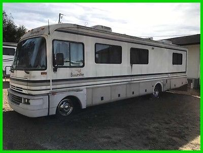 1997 Fleetwood Bounder 34J 35' Class A Motorhome Chevy V8 Gas Awning Generator