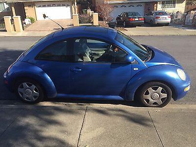 2000 Volkswagen Beetle-New  2000 Volkswagen New Beetle GLX hatchback 2D