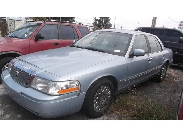 2003 Mercury Grand Marquis 4 Dr GS Sedan