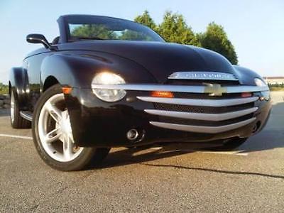 2004 Chevrolet SSR LS creamin' Asphalt BLACK with 56,500 Miles; Convertible/Hardtop Pickup; 5.3L V8