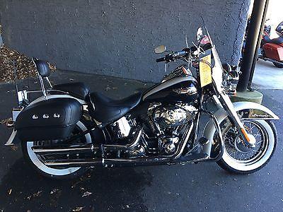 2013 Harley-Davidson Softail  2013 HARLEY DAVIDSON FLSTN ,DELUXE WHITE/MIDNIGHT BLUE ,NICE BIKE