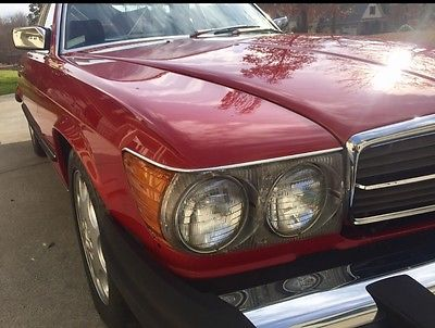 1986 Mercedes-Benz SL-Class 560SL 1986 Mercedes 560SL Signal Red over Black Interior. Like New 28K miles 2 Owners