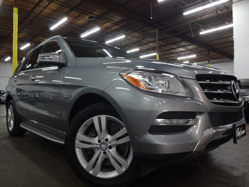 2012 Mercedes-Benz 4MATIC ML350 PREMIUM W/ NAVIGATION
