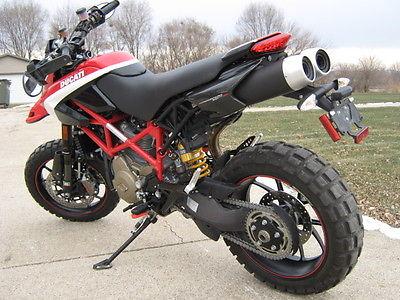 2012 Ducati Hypermotard  DUCATI 2012 HYPERMOTARD 1100 EVO SP