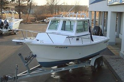 2007 STEIGER CRAFT 23 MIAMI PILOTHOUSE BOAT, SUZUKI 225HP ON BRACKET W/ TRAILER