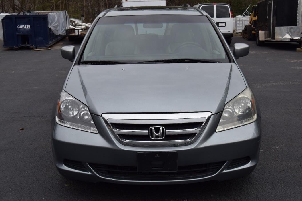 2005 Honda Odyssey Touring Mini Passenger Van 5-Door 2005 Honda Odyssey Touring Mini Passenger Van 5-Door 3.5L