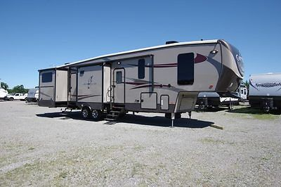 2017 Gateway 3650BH 5th Wheel Bunkhouse by Heartland RV