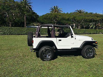 2000 Jeep Wrangler X Jeep Wrangler TJ (2-Door) White