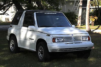 1994 Suzuki Sidekick 2 door HARTOP 1994 SUSUKI SIDEKICK, AUTOMATIC, IN GREAT SHAPE RUNS PERFECT, 2 WEEL REAR DRIVE