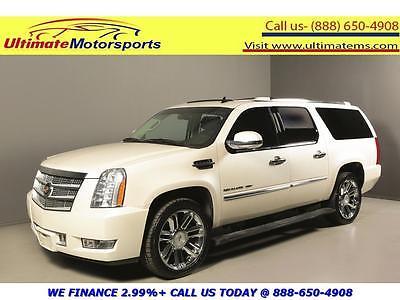2013 Cadillac Escalade  2013 CADILLAC ESCALADE ESV PLATINUM AWD NAV DVD SUNROOF LEATHER WHITE