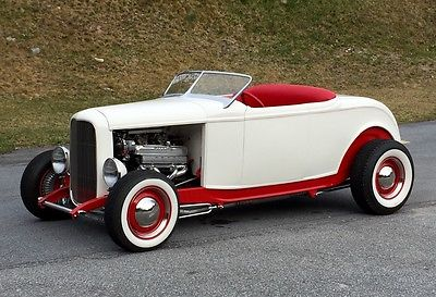 1932 Ford Roadster  1932 Ford Roadster
