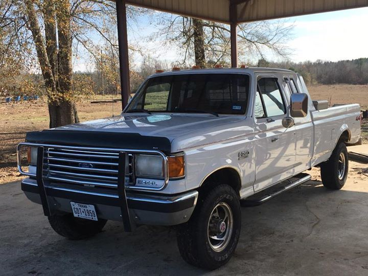 1990 Ford F-250 2-DOOR EXTENDED CAB 1990 FORD 7.3 DIESEL F-250 XLT lariat 4x4 AUTO  119,000 miles SUPER CLEAN TRUCK!