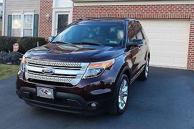 2011 Ford Explorer  2011 Ford Explorer XLT *MUST SEE*