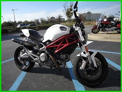 Ducati Monster 696 ABS 2014 Ducati Monster 696 ABS Used