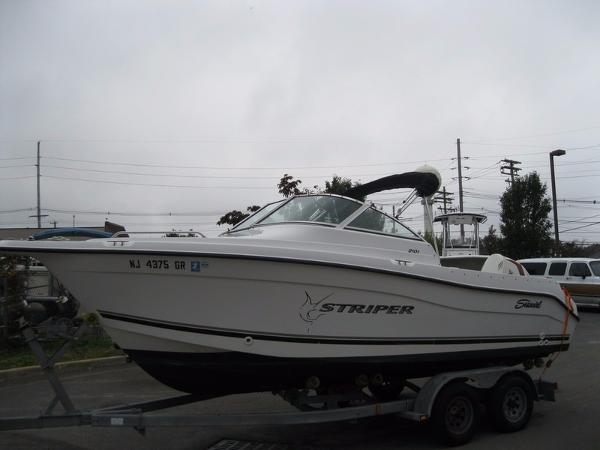 2002 Sea Swirl Striper 2101 DC