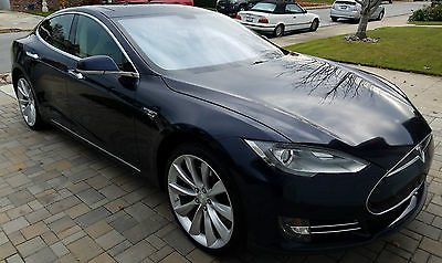 2013 Tesla Model S 4 Door Sedan Fully Loaded Blue Performance Model S - 85kw battery - EV P85