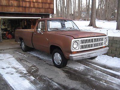 1979 Dodge Other  1979 Dodge D-100 Custom 100 pick up truck-8 foot fleetside