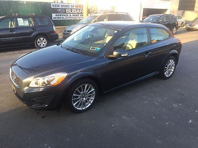 2011 Volvo C30 T5 Hatchback 2-Door 2011 Volvo C30 T5 Hatchback 2-Door 2.5L