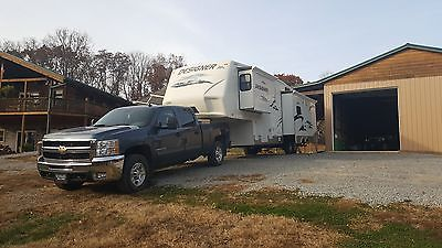 2009 chevy hd 2500 z71 4x4 duramax with 2008 jayco designer 35rlsa