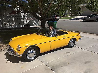 1964 MG MGB  1964 MGB ROADSTER