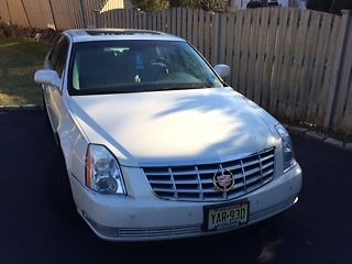 2008 Cadillac DTS Base Sedan 4-Door 2008 Cadillac DTS Base Sedan 4-Door 4.6L- ONLY 32,706 MILES! Garage Kept!