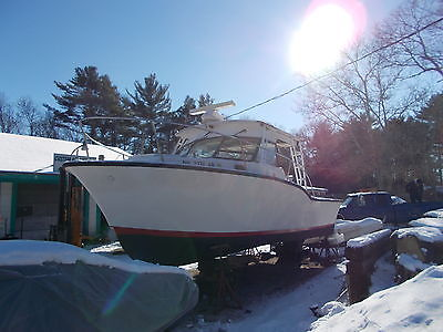 1974 26 BONITO SPORT FISHING BOAT 11 BEAM /PROJECT /GREAT FOR CHARTER !!