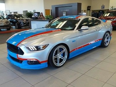 2017 Ford Mustang  2017 Ford Petty 80th Tribute Edition By Petty's Garage