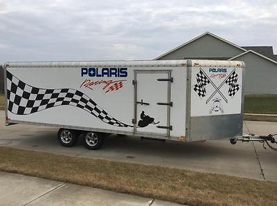 Nice Enclosed 4 place snowmobile trailer