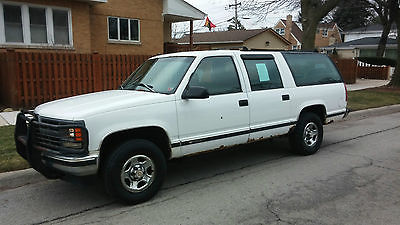 1997 Chevrolet Suburban  1997 Chevy Suburban K1500 4x4 fly in and drive home to the snow.