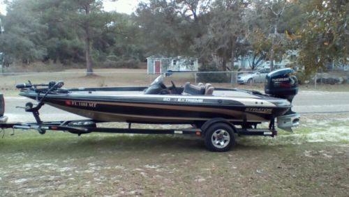 2000 Stratos Extreme 20ss/225 Evinrude( Engine Needs work)*Shipping available*
