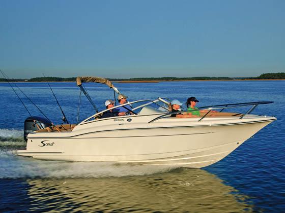 2017 Scout Boat Company 225 Dorado