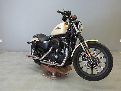 2015 Harley-Davidson Sportster  2015 Harley-Davidson XL883N - Sportster Iron 883