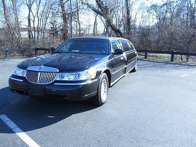 1999 Lincoln Town Car  REAL NICE 1999 LINCOLN TOWNCAR DEBRAYN 6 PASSENGER WIDEBODY LIMO