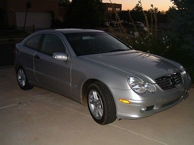 2002 Mercedes-Benz C-Class Kompressor Coupe 2-Door 2002 Mercedes-Benz C230 Kompressor 2.3L Supercharged/Intercooled Sports Coupe