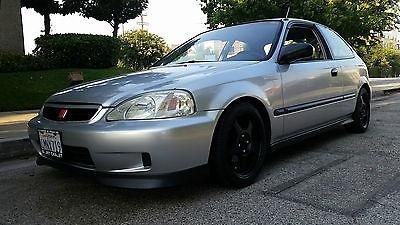 Golden Eagle Black Fuel Rail Fits 1999-2000 Honda Civic Si B16 B16A B16A2 B16A3