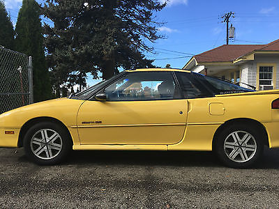 1990 Geo Storm Base Hatchback 2-Door GEO GSI STORM