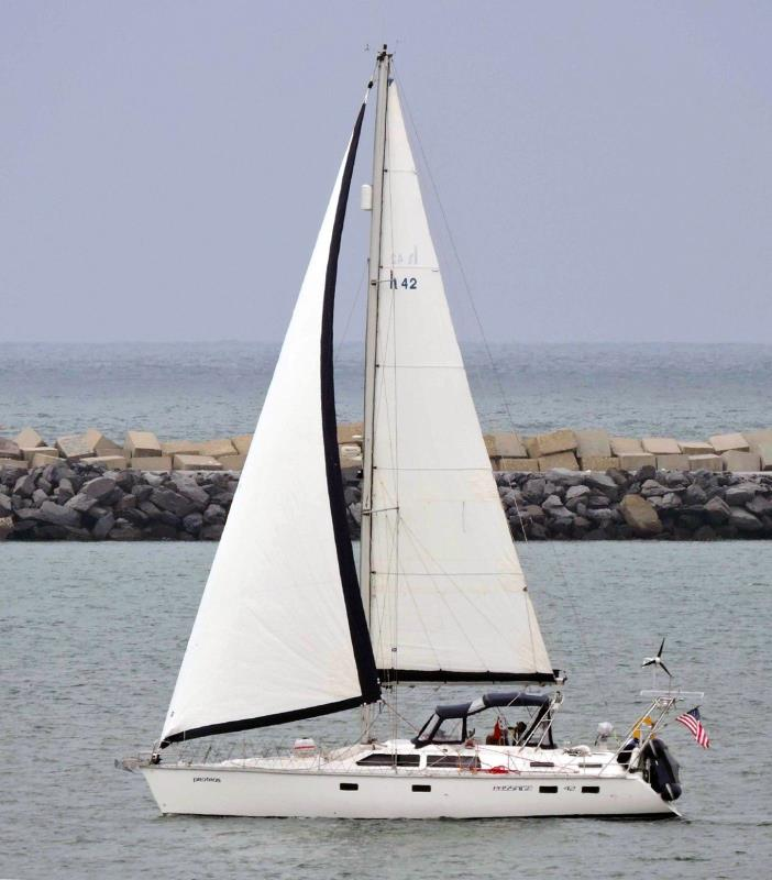 1993 Hunter Passage Sailing Yacht with offshore capabilities