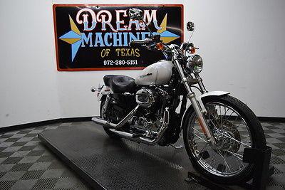 Harley-Davidson Sportster  2005 Harley-Davidson XL1200C Sportster 1200 Custom $4,440 Book Value*