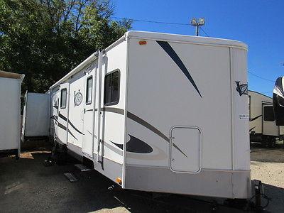 Nice V nose Keystone Camper 2 slide RV trailer No Cherokee REPO Wilderness Jayco