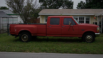 1994 Ford F-350  1994 Red Ford XLT F350 Pickup 1 Ton 4 Door 7.3L 5th Wheel & 2 5/8 GooseNeck Ball