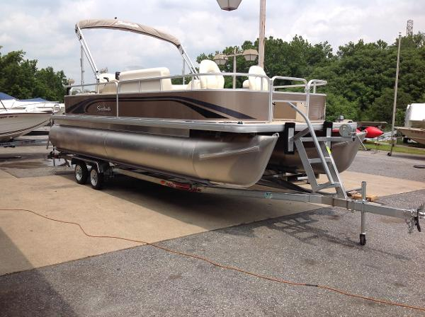 2016 Sweetwater 2286 FCS