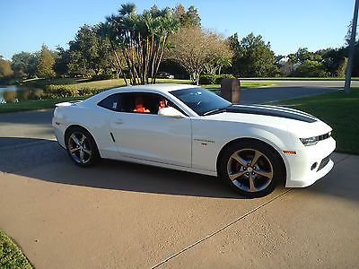 2014 Chevrolet Camaro RED 2014 CAMARO - RS 2LT 15,487 MILES - GORGEOUS CAR - 2 LT - PRICED TO SELL