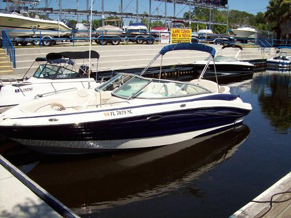 2006 Azure 238 Deck Boat Bowrider