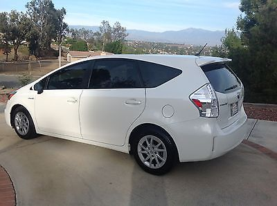 2012 Toyota Prius V Five Wagon 4-Door 2012 Toyota Prius V Hatchback Wagon 4-Door 1.8L HYBRID Electric/Gas NO ACCIDENTS