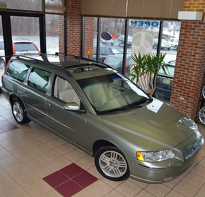 2007 Volvo V70 2.5T Wagon 4-Door 2007 Volvo V70 2.5T Wagon 4-Door 2.5L